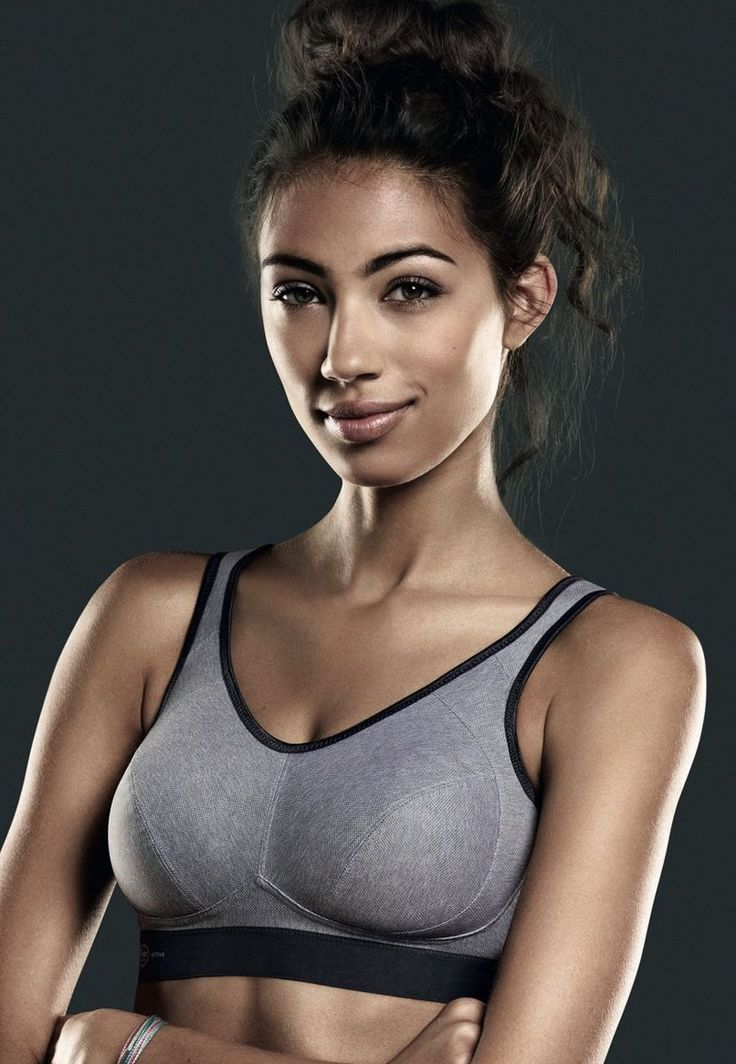 Extreme Control Heather Grey (5527) soft non-wired sports bra by Anita available in Mambra / Sportowy miękki bezfiszbinowy biustonosz od firmy Anita available in Mambra.