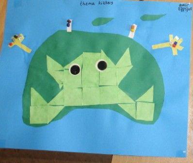 * Kikker van blokjes  16 vierkantjes vouwen van 2 verschillende groene vouwblaadjes en deze op de lijnen uit laten knippen. Vervolgens de kinderen al tellend na laten plakken a.h.v een voorbeeld.