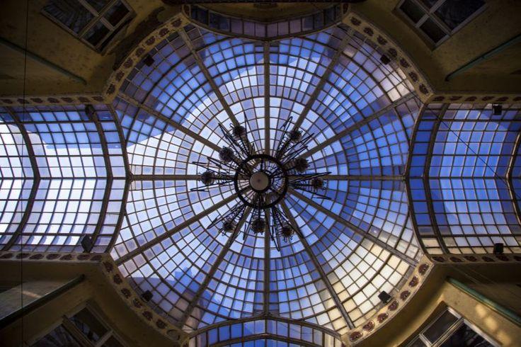 Oradea - Le Palais l'Aigle Noir, arch. Komor Marcell et Jakab Deszö, 1907-1908, la coupole vitrée. © Musée de Pays des Cris, Oradea