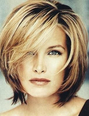 Marvelous 1000 Ideas About Short To Medium Hairstyles On Pinterest Medium Short Hairstyles Gunalazisus