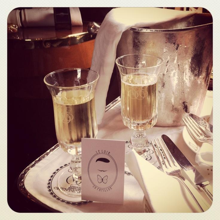Le Loir en Papillon à bord de l'Orient Express  #noeudpapillon #leloirenpapillon #dandy #elegant #bowtie