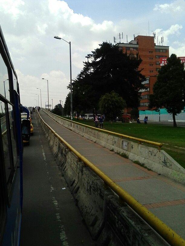 Puente Calle 100 con Autopista Norte.