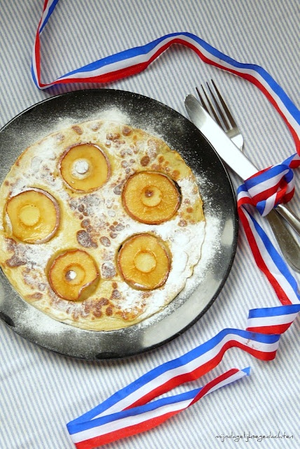 mijn dagelijkse gedachten: Dutch Apple Pancakes/Голландские Блины с Яблоком
