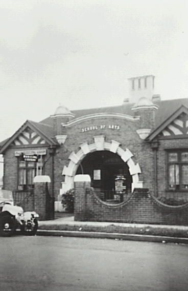 Penrith Municipal Library located in the Penrith School of Arts, Castlereagh Street, 1958. Pinned on behalf of Penrith City Library.