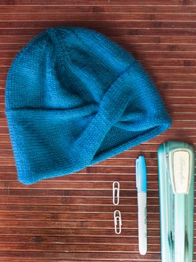 Ewe Ewe Criss Cross Cable Hat PDF Knitting Pattern