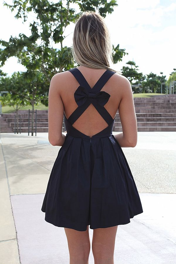 : Summer Dresses, Open Back Dresses, Cute Dresses, Bridesmaid Dresses, Bows Dresses, Criss Crosses, Black Bows, Bows Back, Little Black Dresses