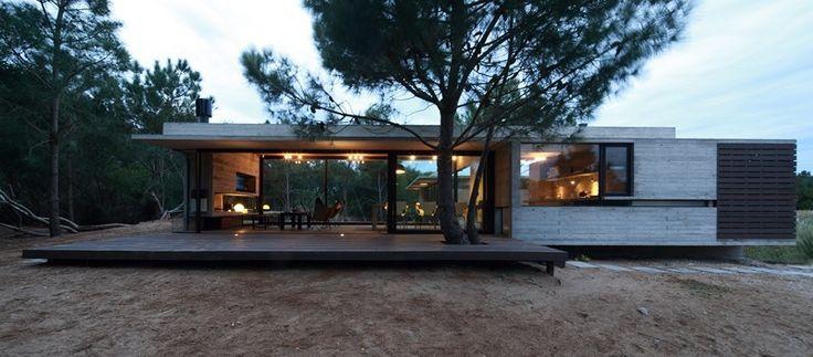 Casa Carassale / BAK Arquitectos Casa Carassale / BAK Arquitectos – Plataforma Arquitectura