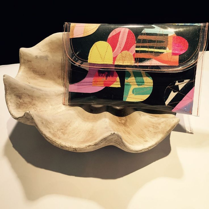 [Introducing] Tiff Manuell - an Australian brand bursting with colour, individuality and style.  Tiff hand makes these gorgeous clutches from a short run of canvas paintings - making each item as unique as they are beautiful.  Come into our GOMA Store to check out what other styles we have on offer. #supportingaustralianartists.