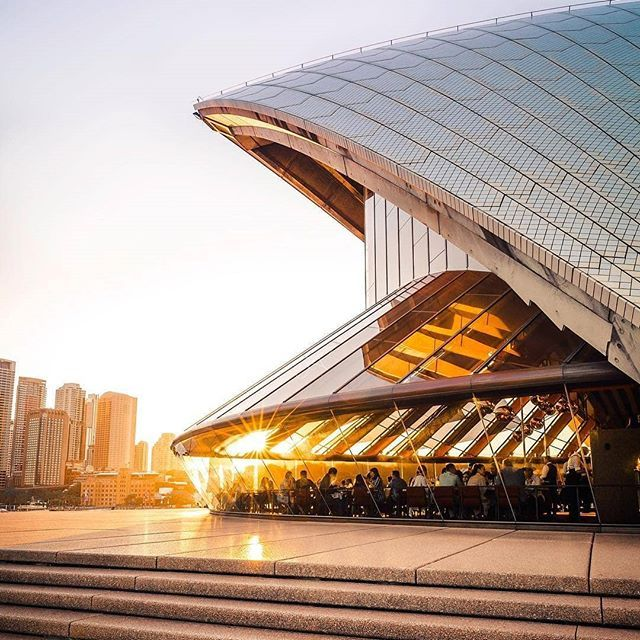 #sydneyoperahouse is stunning from any angle! ✨Treat yourself to a dining experience at #bennelong_sydney before enjoying a performance at this iconic venue! With a beautiful view!💕