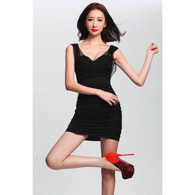 운동 안한지 2년째!  요가자격증 은 장농에서 잠잔다  나를 너무 방치했군!   중국 에서 방송 활동할때~ 뉴스기사 촬영  #최이윤 #모델 #florist #model