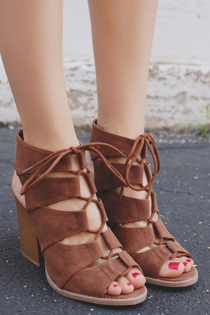 Cognac Gladiator Style Cages Peep Toe Heel Barnes-01A – UOIOnline.com: Women's Clothing Boutique