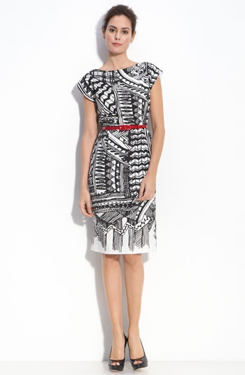 Love the idea of black and white pattern with a touch of red from the belt