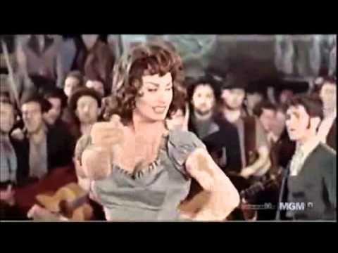Софи Лорен под песни Ваенги.