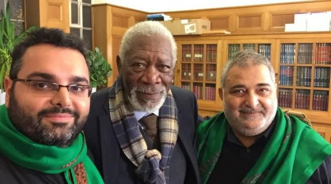Muslims in the Al-Khoei Foundation mosque in London were surprised when Hollywood star Morgan Freeman dropped by to learn more about Ashoura for a documentary!