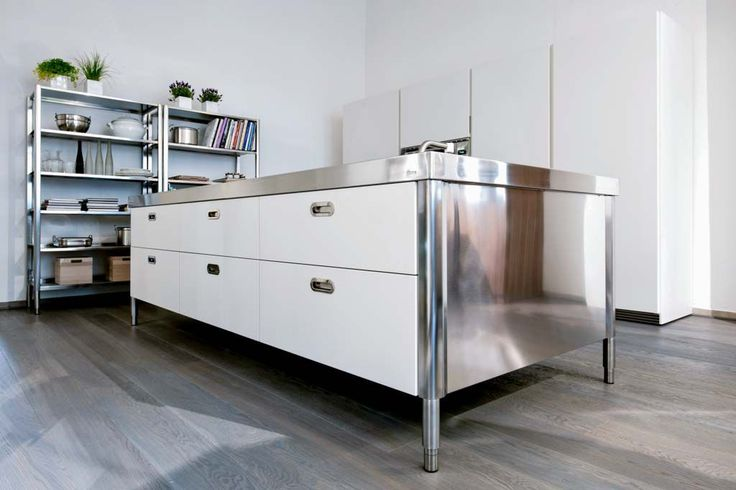 Alpes Inox - ISLAND UNIT 280 - Kitchen island unit with hob, bowl, and storage.