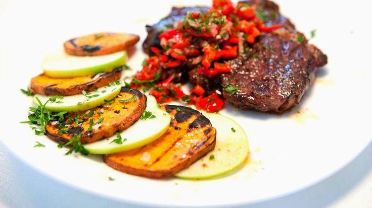 Når grillsesongen starter er det lett å bruke bbq saus, potetsalat, ketchup og sennep som kjøttets tilbehør. Her har du en rett som er...