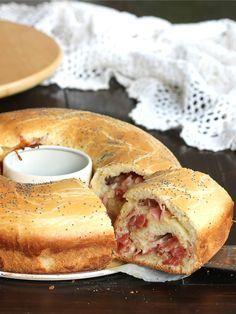 CIAMBELLA PAN BRIOCHE SALATA FARCITA ricetta rustico facile
