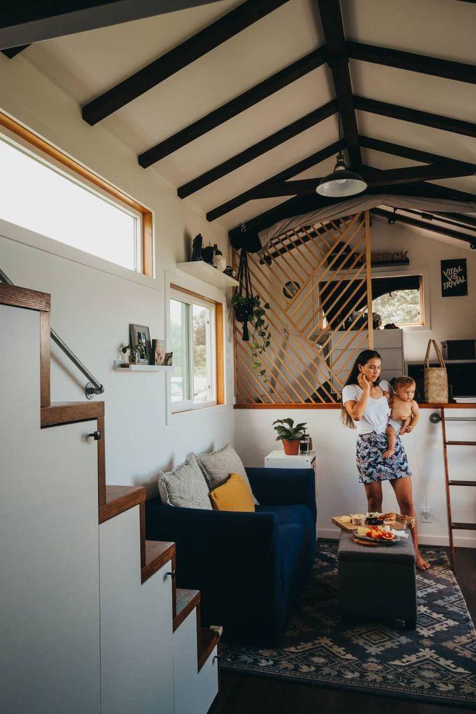 40 Stunning Tiny House Interior Design Ideas Tiny House Interior Off Grid Tiny House Tiny House Living Room