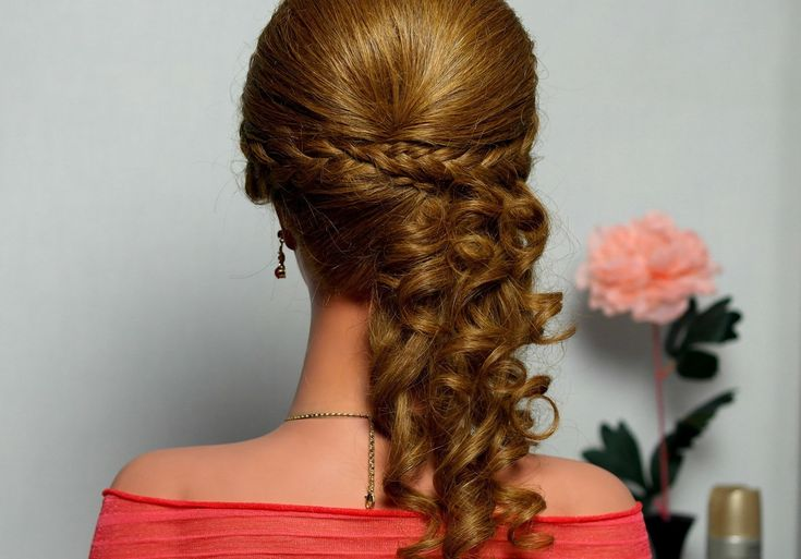 Romantic hairstyle...  I want to try this on someone! maybe for my sisters prom :)