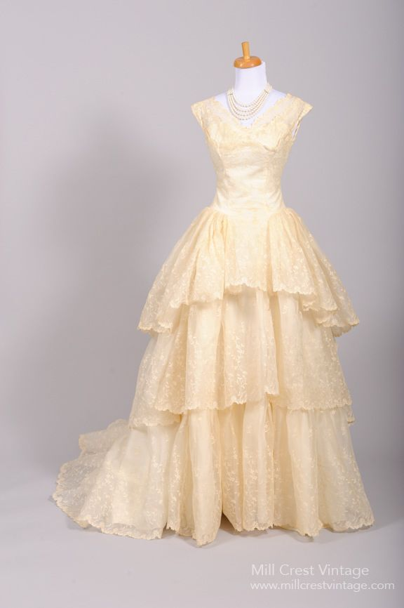 1950 Tiered Lace Vintage Wedding Gown : Mill Crest Vintage