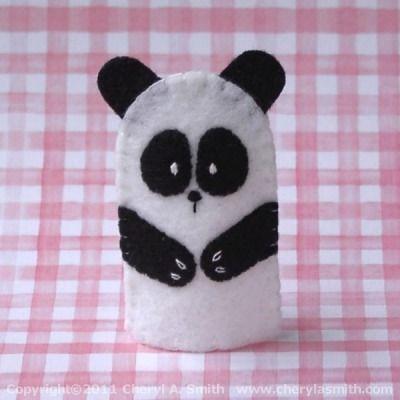 Done for OCC Shoeboxes 2014. Panda Bear Felt Finger Puppet