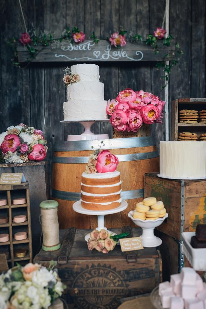 Naked Cake on a Rustic Dessert Bar- earlyivy.com