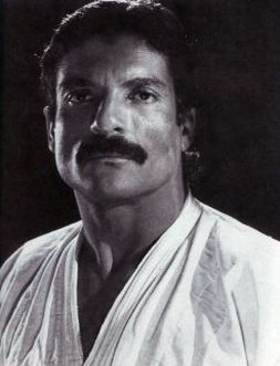 "Gracie Jiu Jitsu Magazine. ""In today's martial arts world, there is no name more universally known than that of Rorion Gracie. The eldest son of grandmaster Helio Gracie, Rorion's odyssey in the martial arts started in infancy."" http://gracieacademy.com/media_print.asp?aid=38"