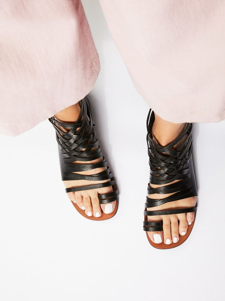 Leather Sandals, Flat Sandals, Shoes Sandals, Summer Flats, Chanel Shoes,  Fab Shoes, Trendy Shoes, Girls Shoes, Women Sandals