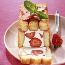 Recette Charlotte légère aux fraises et framboises : Francine, recette de Charlotte légère aux fraises et framboises pour 6