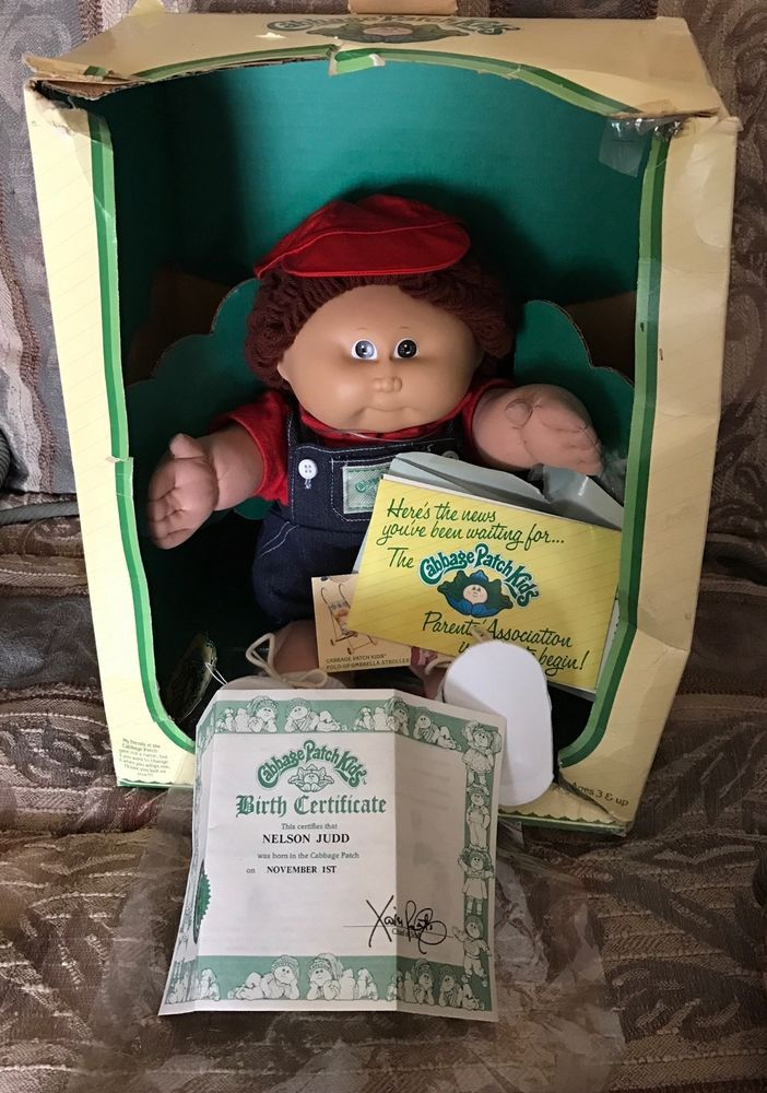 1985 Cabbage Patch Kids Coleco Boy brown hair and eyes in box #CabbagePatchKids #Dolls