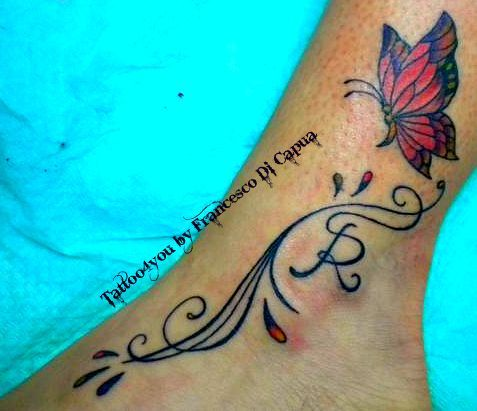 tattoo farfalle piede
