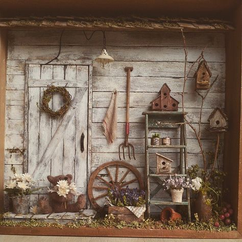 Gather your antiques and whatever to decorate your garden.