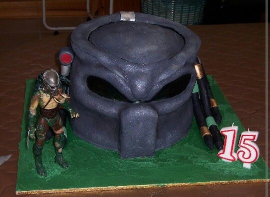 I made this Predator cake for my son Alex for his 15th birthday 3.5 years ago, he loved it.. :)  Made by Sammi.. 11th September 2011