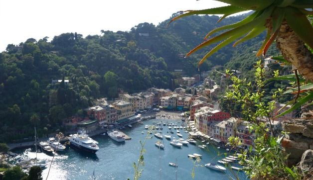 Planning a getaway that includes the Italian Riviera? Read these tips on how to dress in Italy: Portofino edition!
