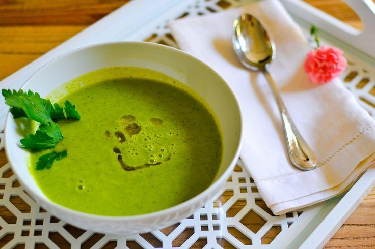 Broccoli & Arugula Soup | The Housewife Wannabe