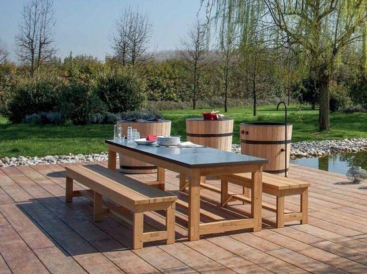 table de jardin et bancs en bois - forme rectangulaire classique et fonctionnalité inégalée