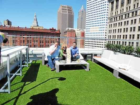 Azure Rooftop Lounge In Downtown Cleveland Atop Metropolitan At The 9 Has Been Warmly
