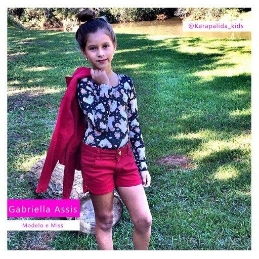 Detalhes do look fofo da Gaby, nossa miss poderosa e cheia de estilo! #karapalida #inverno2016 #elausa #kids