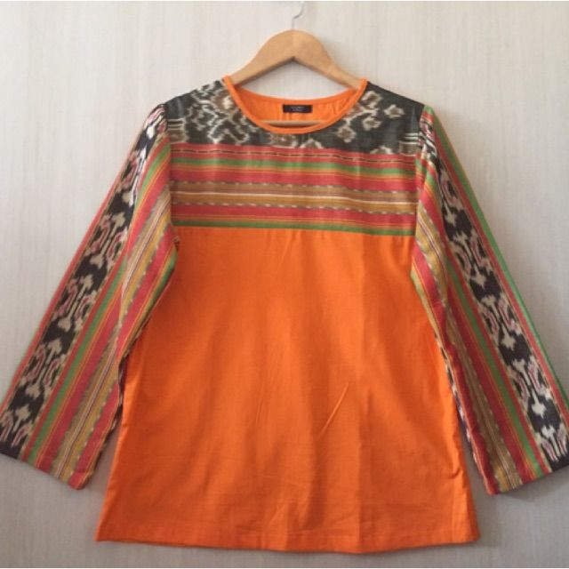 Saya menjual Atasan/blouse tenun ikat antik  seharga Rp137.000. Dapatkan produk ini hanya di Shopee! https://shopee.co.id/imanggoethnic/57249724 #ShopeeID