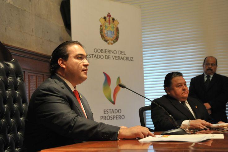 El gobernador Javier Duarte de Ochoa dijo que se resolverá el problema del agua en Xalapa.