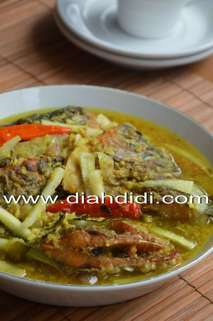 Diah Didi's Kitchen: Ikan Bawal Acar Kuning