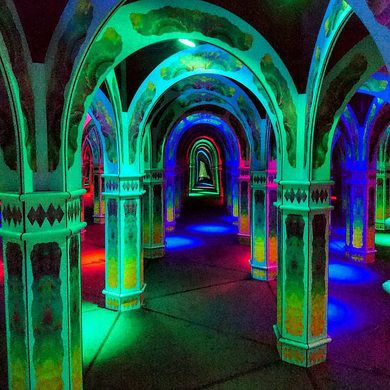 SAN FRANCISCO, CALIFORNIA  Magowan's Infinite Mirror Maze A psychedelic labyrinth on the San Francisco bay.
