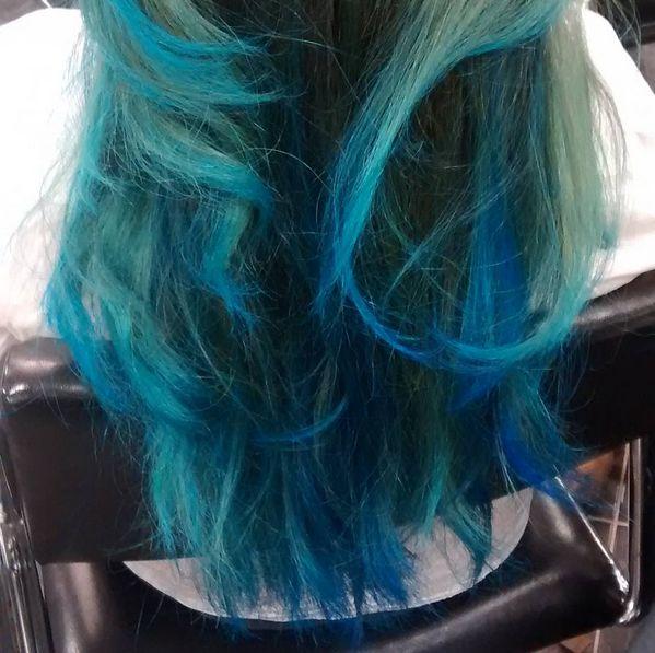 Who says feeling blue has to be a sad thing?  • #KimberlyStylesHair #KimberlyStylesOggiSalon #OggiSalon #TorontoHair #Toronto #YorkvilleHair #Yorkville