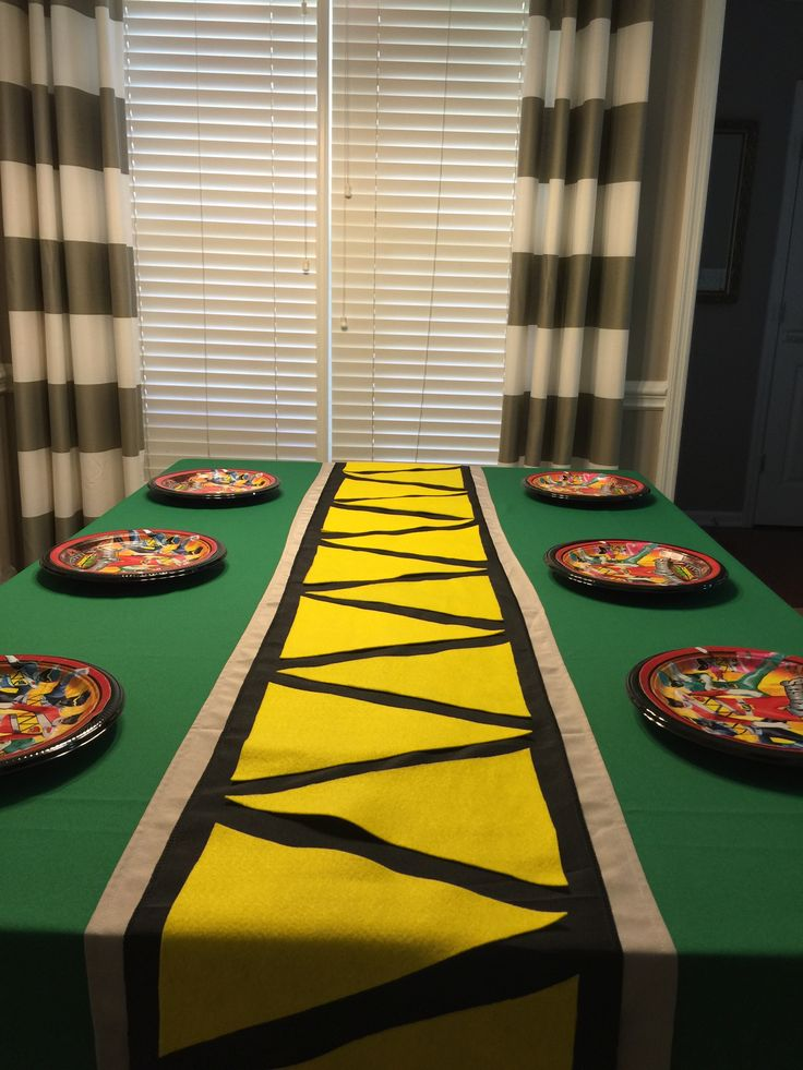 Power Rangers Dino Charge table runner