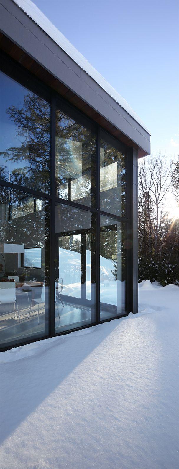 Architecture / Résidence secondaire / Chalet / Nature / Toit plat / Baie vitrée // Cottage / Flat Roof / Bay Window