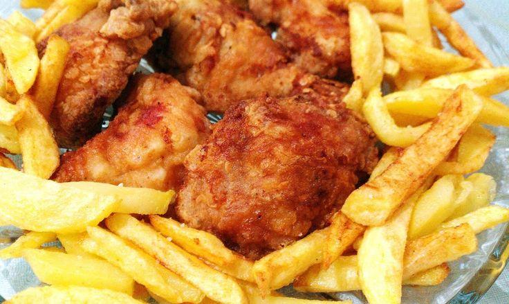 Ropogós csirke szárnyak sült burgonyával Recept : http://www.imreneblog.info/ropogos-csirke-szarnyak-burgonya-agyon-recept/