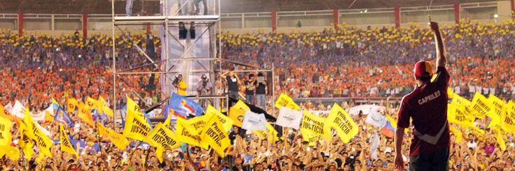 @DrodriguezVen : El Sr. @hcapriles hace de la política un ejercicio de la fatuidad y estulticia signado por mascarillas para las arrugas y el odio misógino