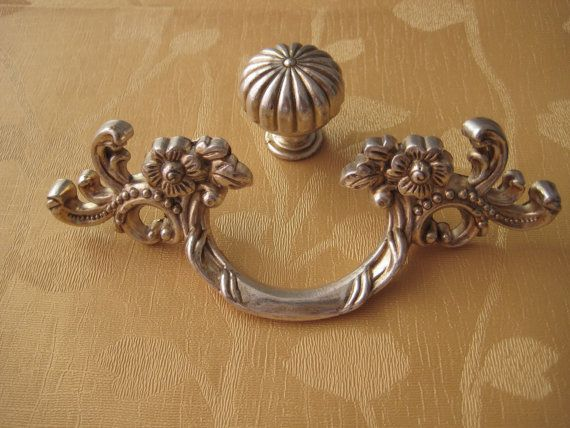 French Country Kitchen Cabinet Handle Pull Antique Furniture Hardware / Shabby Chic Dresser Drawer Pulls Handles silver