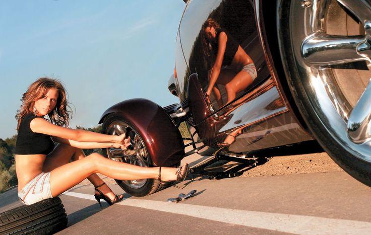 """Нашла у мужа конверт с деньгами подписан """"Для любимой"""".  Обрадовалась, подкинула туда за неделю тысяч 5.  Через день муж купил новые колеса в машину... ..................Пришлось забрать себе машину!  #юмор #хорошеенастроение #мотивация #выходной  #jenskiimirok #советдня"""