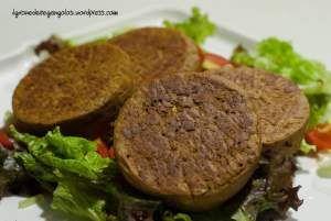 burgers, proteici, vegani, gluten free, senza glutine, secondi piatti, lupini in salamoia, ricette, facile, veg, vegan, sport, farina di ceci